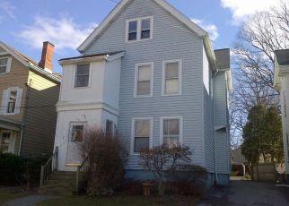 Foreclosed Home en VIRGINIA AVE, Poughkeepsie, NY - 12601