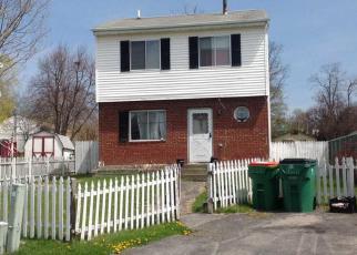 Foreclosed Home en HARBOR VIEW CT, Beacon, NY - 12508