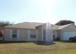 Foreclosed Home en SE 26TH TER, Cape Coral, FL - 33904