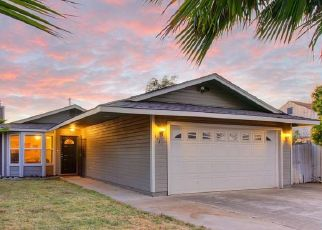 Foreclosed Home en MABEL ST, Sacramento, CA - 95838