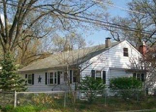 Foreclosed Home in E 13TH AVE, Clementon, NJ - 08021