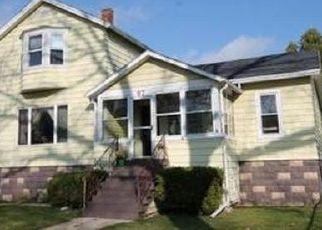 Casa en ejecución hipotecaria in Fond Du Lac, WI, 54935,  HAMILTON PL ID: P957742
