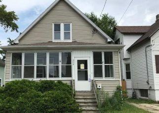 Casa en ejecución hipotecaria in Kenosha, WI, 53143,  25TH AVE ID: P957769