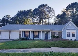 Foreclosed Home en WOODPOINTE DR, Pensacola, FL - 32514