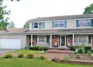 Foreclosed Home in JOHNSON AVE, Islandia, NY - 11749