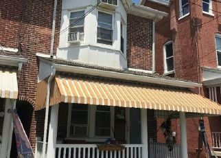 Foreclosed Home en SHANER ST, Boyertown, PA - 19512