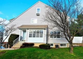 Casa en ejecución hipotecaria in Yonkers, NY, 10710,  ROUNDTOP RD ID: P964157