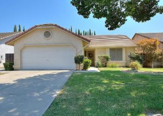 Foreclosed Home en SENTINEL DR, Modesto, CA - 95357