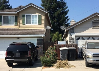 Foreclosed Home en CROW CREEK DR, Oakdale, CA - 95361
