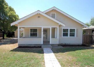 Foreclosed Home en CHURCH ST, Modesto, CA - 95357