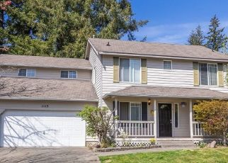 Foreclosed Home en 130TH STREET CT E, Puyallup, WA - 98374