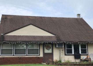 Foreclosed Home en NARCISSUS RD, Philadelphia, PA - 19154