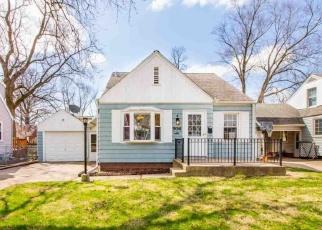 Foreclosed Home in E FAIROAKS AVE, Peoria, IL - 61603