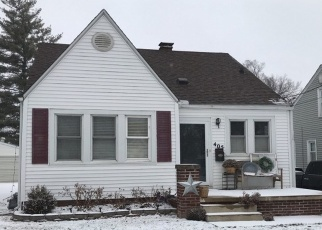 Foreclosed Home in W ALBANY AVE, Peoria, IL - 61604