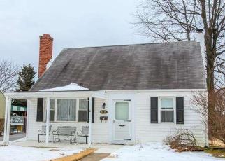 Casa en ejecución hipotecaria in Morton, PA, 19070,  PERSHING AVE ID: P970141