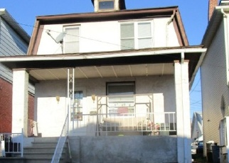 Foreclosed Home en VICTOR ST, Easton, PA - 18042