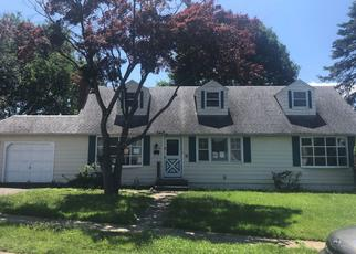 Casa en ejecución hipotecaria in Hellertown, PA, 18055,  HENRY ST ID: P971337