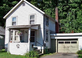 Foreclosed Home en CLINTON AVE, Cortland, NY - 13045