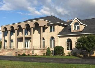 Foreclosed Home en SHIMERVILLE RD, Clarence Center, NY - 14032