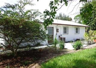 Casa en ejecución hipotecaria in Stuart, FL, 34996,  SE DOLPHIN DR ID: P973602