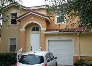 Foreclosed Home en SW 138TH CT, Homestead, FL - 33032