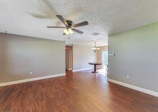 Foreclosed Home en OLD PLANTATION AVE, Sebring, FL - 33876