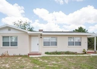 Foreclosed Home en E CORNELL ST, Avon Park, FL - 33825
