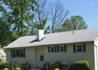 Foreclosed Home en LAUREL PARK RD, Wappingers Falls, NY - 12590
