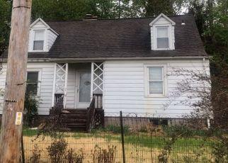 Foreclosed Home en WILSON ST, Beacon, NY - 12508