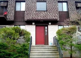 Casa en ejecución hipotecaria in Poughkeepsie, NY, 12603,  CHERRY HILL DR ID: P979437