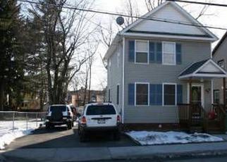 Foreclosed Home en BEACON ST, Beacon, NY - 12508