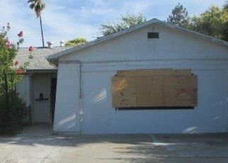 Foreclosed Home en BLACKHAWK DR, Sacramento, CA - 95828