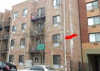 Foreclosed Home en E 221ST ST, Bronx, NY - 10467