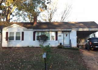 Foreclosed Home in SHERROD AVE, Florence, AL - 35630