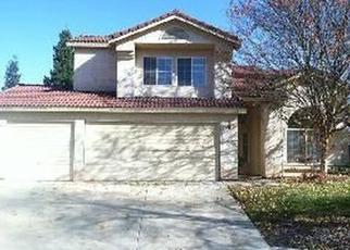 Foreclosed Home en E EDGEMONT DR, Fresno, CA - 93720
