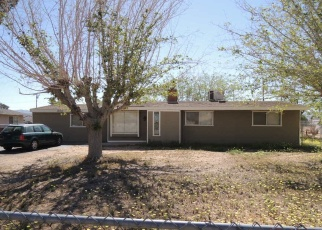 Foreclosed Home en YAKIMA RD, Apple Valley, CA - 92308