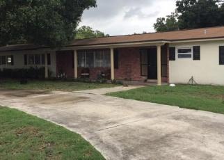 Foreclosed Home en SE 8TH DR, Okeechobee, FL - 34974