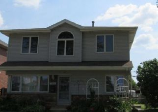 Foreclosed Home en S NORMANDY AVE, Chicago, IL - 60638