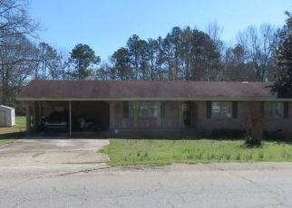 Foreclosed Home en LAUREL AVE E, Greenwood, SC - 29649