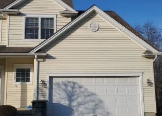 Foreclosed Home in SPRING RIDGE CT, Danbury, CT - 06811