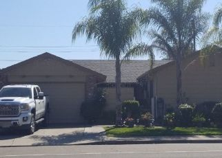 Foreclosed Home en W ELM ST, Lodi, CA - 95242