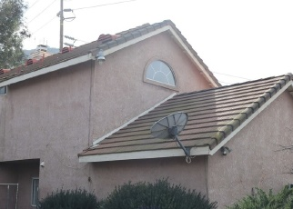 Foreclosed Home en TYROLITE ST, Riverside, CA - 92509
