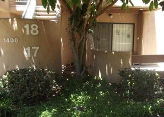 Foreclosed Home en W EDGEHILL RD, San Bernardino, CA - 92405