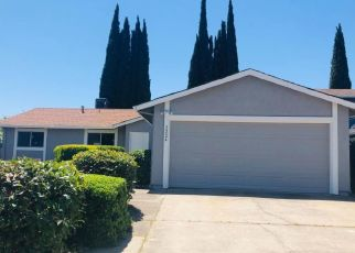 Foreclosed Home en SANDALWOOD DR, Stockton, CA - 95210