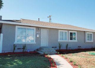 Foreclosed Home en S LINDA WAY, Santa Ana, CA - 92704