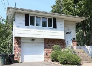 Foreclosed Home in CAMERON AVE, Merrick, NY - 11566