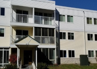 Foreclosed Home en DEMONT AVE E, Saint Paul, MN - 55117