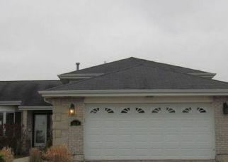Foreclosed Home en BENTGRASS AVE, Richton Park, IL - 60471