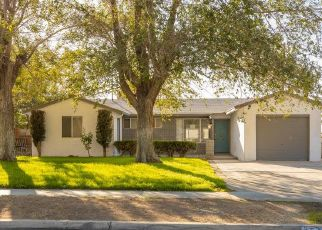 Foreclosed Home en KINGTREE AVE, Lancaster, CA - 93534