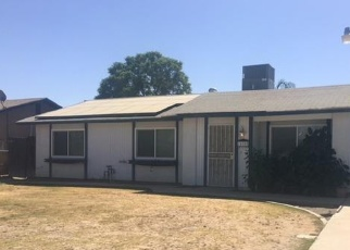 Foreclosed Home en CAVE AVE, Bakersfield, CA - 93312